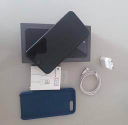 IPhone 8 Plus 64 GB (muito conservado)