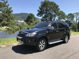 Hilux SW4 - 2006