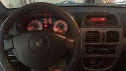 Vendo Clio sedan expression hi flex 1.0 completo - 2007