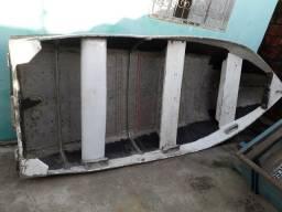 Barco de alumínio com motor de 6hp valor 3.000 vendo e troco