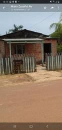 Vende- se uma casa em Extrema ou troca se por outra em Porto Velho.