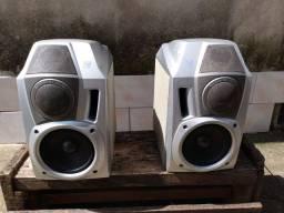 Vende se (somente venda)2 caixas de som usadas