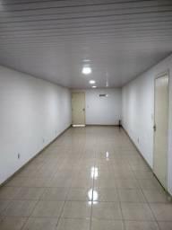 Casa p comércio 6 qts estacionamento 3 banheiros,terreno, galpão, etc