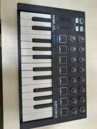 Controladora Arturia Minilab MkII black edition
