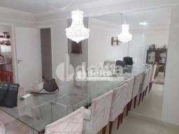 Apartamento com 4 dormitórios para alugar, 120 m² por R$ 4.000,00 - Centro - Uberlândia/MG