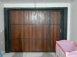 Portão contra-peso e janela