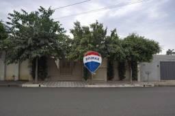 Título do anúncio: Casa com 3 dormitórios à venda, 239 m² por R$ 400.000 - Rua Abrão Antônio, 161, Jardim Pin