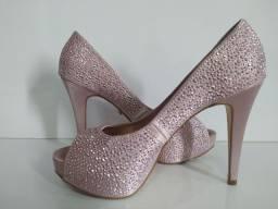 Sapato salto rosa com brilho