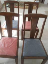 Título do anúncio: Cadeiras em Madeira da década de 1960