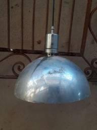 Luminária antiga