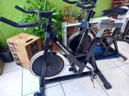 Bicicleta de spinning Schwinn Johnny G spinner pró
