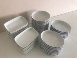 Título do anúncio: Pratos Porcelana