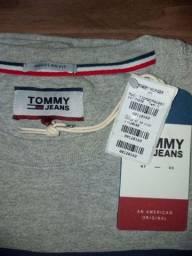 Título do anúncio: Camiseta Tommy Original tamanho G com etiquetas