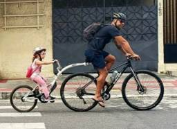 Reboque para bicicleta Wee Ride, aro 20.