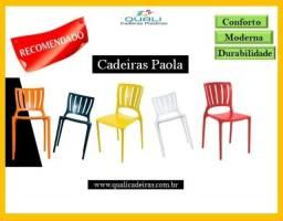 Cadeira Paola Moderna e decorativa suporta 182kg