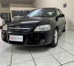 GM Astra Hatch Advantage 2.0 8v 140cv flex 2011 Preto Completo