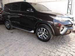 Título do anúncio: Toyota Hilux SW4 2016 blindada diesel 7L