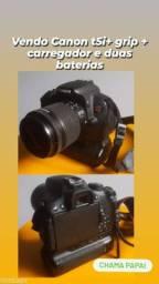 Canon T5i + grip + carregador com duas baterias