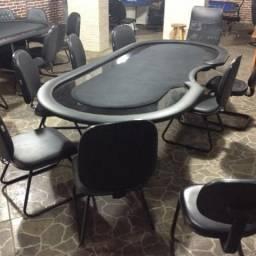 Mesas de poker profissional com até 12 cadeiras