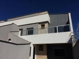 Linda Casa 3 quartos/suite - Bairro Imperatriz - Próximo ao Centro de Mateus Leme