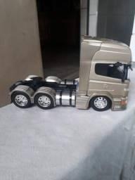 Miniatura scania r730