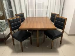 Mesa com 4 cadeiras marca Lider
