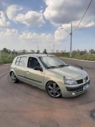 Clio 1.0 16V - 2004