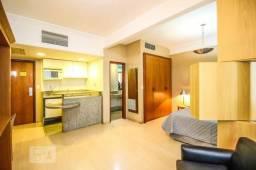 Flat mobiliado no Hotel Mércure para alugar, incluidos condomínio e IPTU. 2.900 por mês
