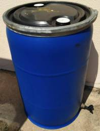 Reservatório de 200 L tampa removível do mais resistente e pratico