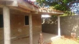 Casa/pousada não terminada na praia de Itamaracá