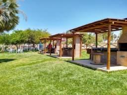 Vendo um lote de 200 m² no Condomínio Águas do Vale