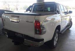 TOYOTA HILUX 2.8 SR 4X4 CD 16V DIESEL 4P AUTOMATICO. - 2017