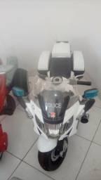 Moto elétrica para crianças de até 30kg
