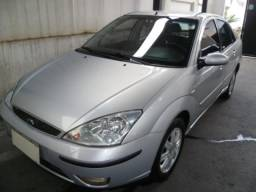 FORD FOCUS SEDAN GHIA 2.0mpi 16v 4P   2005