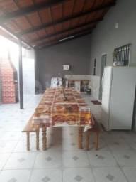 Casa com 4 quartos - Bairro Conjunto Caiçara em Goiânia
