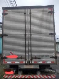 Caminhão 710 o mais novo do olx - 2009