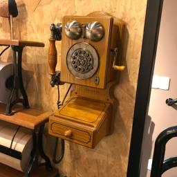 Telefone Retrô com Gaveta e Porta Chaves