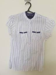 camisa sem manga branca e azul