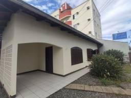 Casa para alugar com 3 dormitórios em Floresta, Joinville cod:08054.001