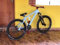 Título do anúncio: Bike Dabomb tora bora com RST Storm (em até 12x no cartão sem juros)
