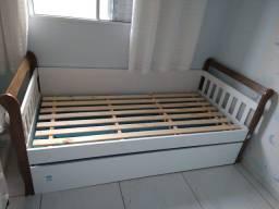Cama Babá Julia branco fosco/amadeirado com cama auxiliar Carolina Baby