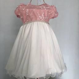 Título do anúncio: Lote vestidos de festa novo
