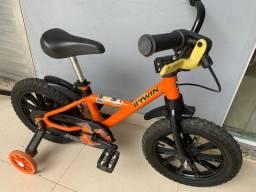 Título do anúncio: Bike infantil - Btwin Aro 14 - Freio a disco!