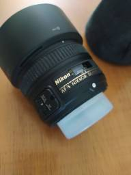 Lente Nikon 50mm 1.8G com motor de foco