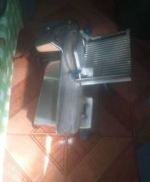 Máquina de fatiar frios da marca gural