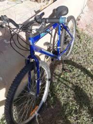 Bicicleta novinha aro 26