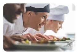 Título do anúncio: Vaga pra cozinheira ou cozinheiro
