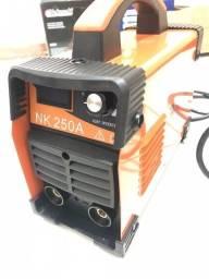 Título do anúncio: Maquina de Solda 250 Amperes- Produto de Mostruário