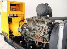 GRUPO GERADOR DE ENERGIA 180 KVA ANO 2002 MOTOR MWM X10