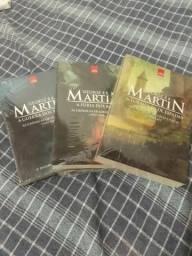 Livros NOVOS DA LOJA ( AS CRÔNICAS DE GELO E FOGO )